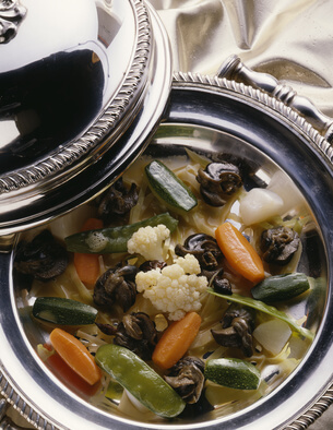 Cassolettes d'escargots au roquefort
