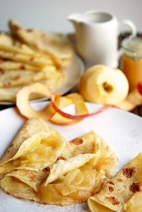 Crêpes bretonnes aux pommes