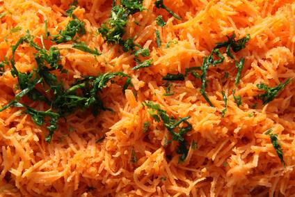 Salade de carottes râpées au thon et amandes