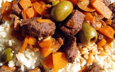 Sauté de boeuf aux épices et oignons