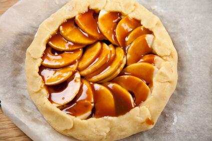 Tarte aux pommes sauce au caramel